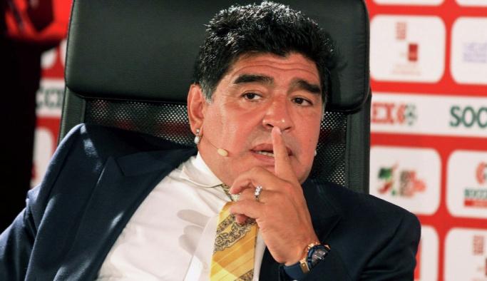 Maradona: Beni mafya bitirdi