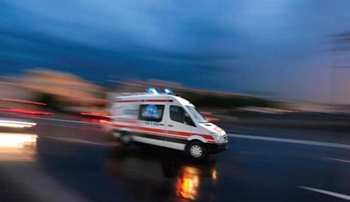 Öğrenci servisi su kanalına devrildi: 10 yaralı