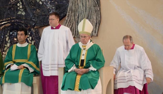 Papa Franciscus Azerbaycan'da