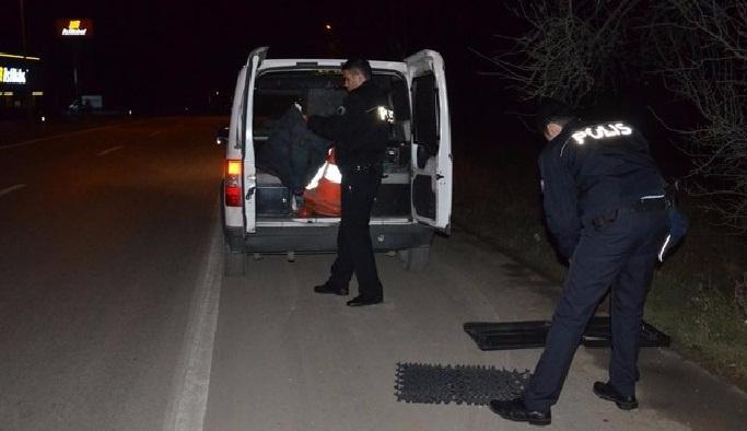 Polisin takibinden kurtulmak için karakola sığındı