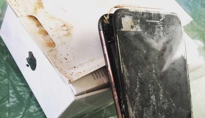 Samsung'dan sonra Apple'ın telefonu da patladı