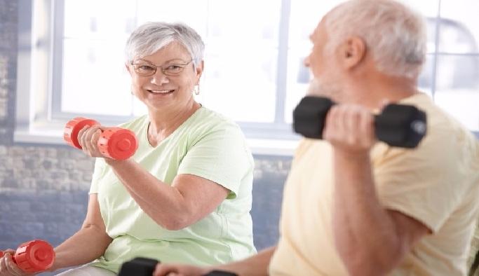"""""""Sessiz hastalık"""" osteoporoz (kemik erimesi)"""