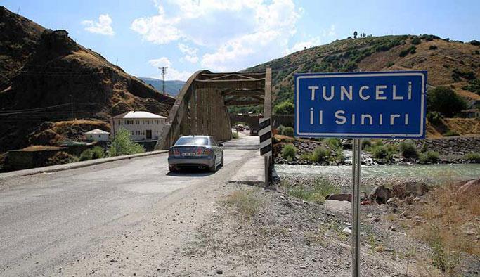 Teröristler Tunceli'de yol kesti, yol çift taraflı kapatıldı