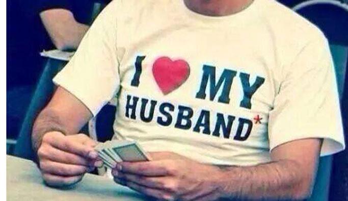Tişörtlerin üzerindeki yazılarla gelen yozlaşma