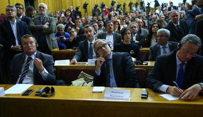 AB büyükelçileri HDP'nin bayraksız grup toplantısında