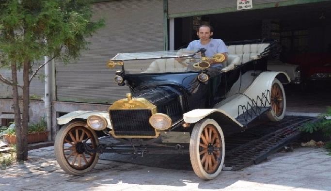Asırlık otomobile büyük ilgi