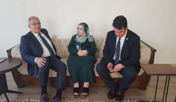 Baykal, Ahmet Türk'ün eşini ziyaret etti