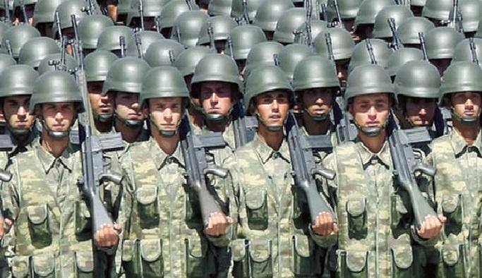 Darbe şehitleri yakınlarına askerlik muafiyeti