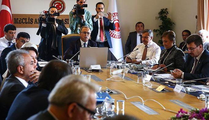 Darbe komisyonu CHP'yi kınadı