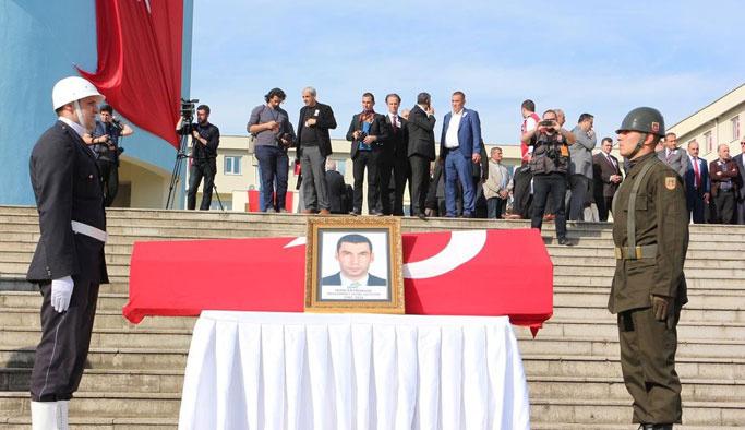 Derik'te STK'lar kaymakama saldırıyı kınadı