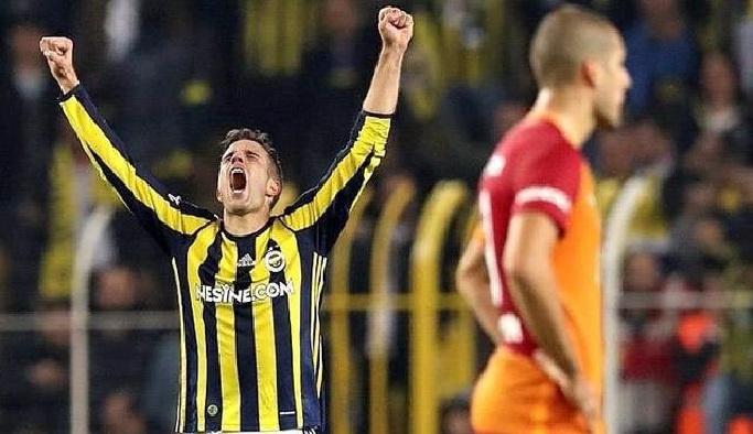 Galatasaray zirveden uzaklaşıyor