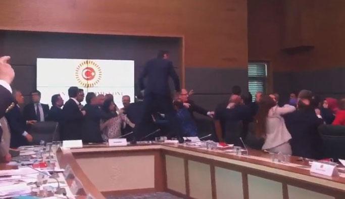 HDP milletvekillerinin danışmanlarına operasyon