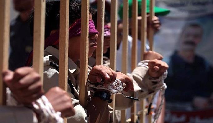 350 Filistinli çocuk İsrail zindanlarında