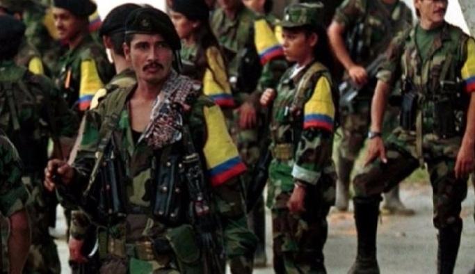 Barışın eşiğindeki Kolombiya'da bombalı saldırı
