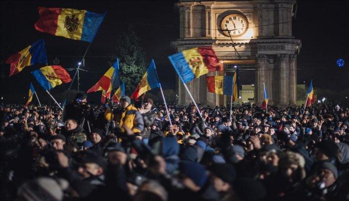 Moldova'da yeni cumhurbaşkanı Rus yanlısı Dodon
