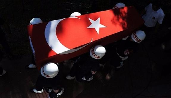 Şehit cenazeleri Türkiye'ye getirildi