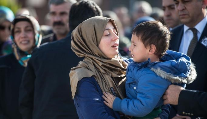 Şehit kaymakam için Gaziantep'te tören