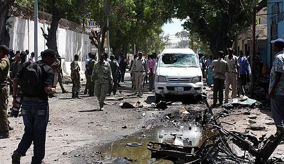 Somali'de bombalı saldırı ölü ve yaralılar var