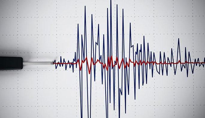 Üç farklı ilde eş zamanlı depremler