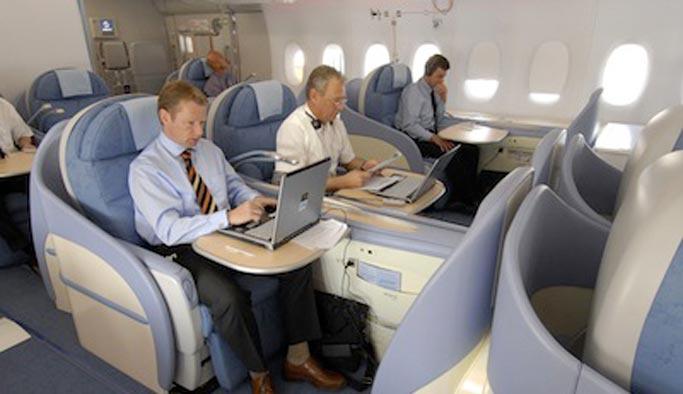 Uçaklara internet geliyor