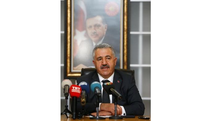 Ulaştırma Denizcilik ve Haberleşme Bakanı Arslan İzmir'de