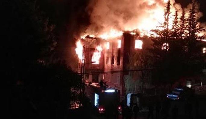 Yurt yangınında gözaltı sayısı 14'e yükseldi