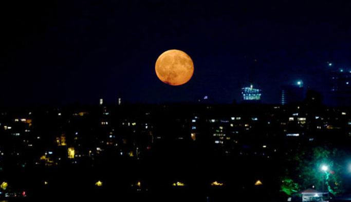 Yüzyılın 'Süper Ay'ı geliyor