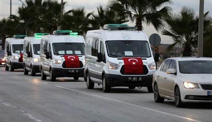 Adana'da ölen öğrenciler toprağa veriliyor