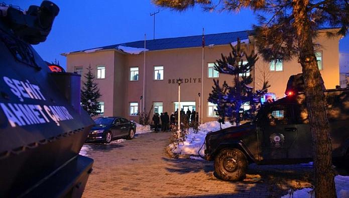 Bitlis'teki 3 belediyeye kayyum atandı
