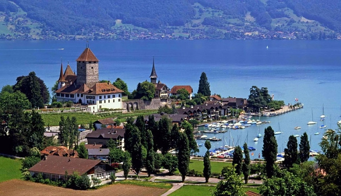 İsviçre iki yılda sadece 2 bin Suriyeli alacak