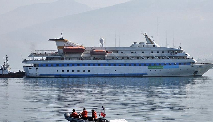 Mavi Marmara 'hüzünlü bir şekilde' düştü