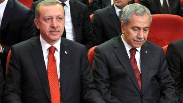 Arınç, Erdoğan'dan af dileyip, helallik istemiş