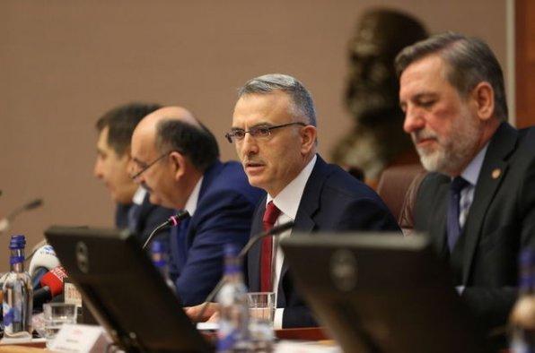 Asgari ücretin düşeceği iddialarına son nokta