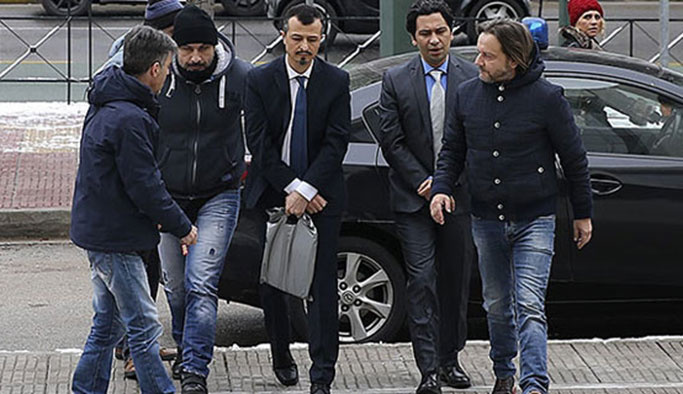 Yunanistan'daki darbecilerin davası ertelendi