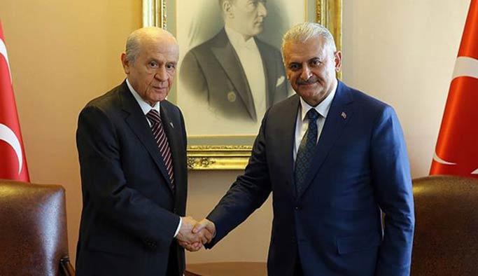 Başbakan Yıldırım'dan Bahçeli'ye 'kimlik' jesti