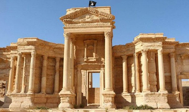 DEAŞ Palmira'nın bir kısmını yıktı