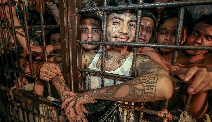 El Salvador'da yıllar sonra cinayetsiz ilk gün