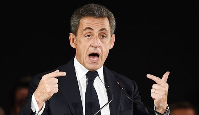 Fransa'da 'en yalancı siyasetçi ödülü' sahibini buldu