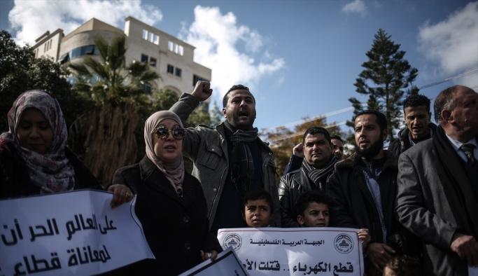 Gazze'deki elektrik kesintileri protesto edildi