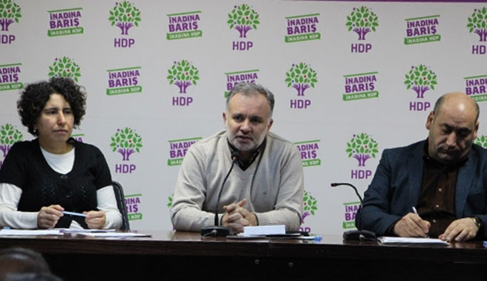 HDP referandum 'tavrı'nı açıkladı