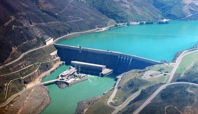 Kar İstanbul'a bereket getirdi, barajlar doldu