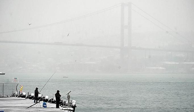 İstanbul'da deniz ve hava ulaşımı durdu