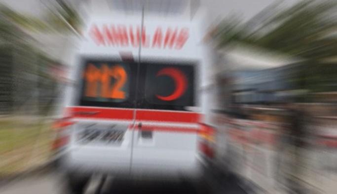 Kazaya yerindeki sağlıkçılara araç çarptı