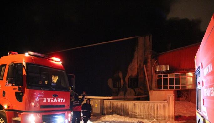 Konya'da ahşap atölyesinde yangın