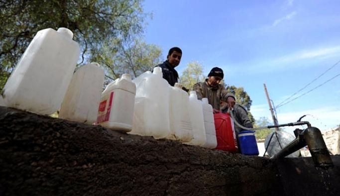 Şam'da bir aydır sular kesik, halk isyan ediyor