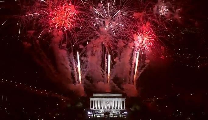 Trump'a dünyanın en şaşaalı karşılama töreni