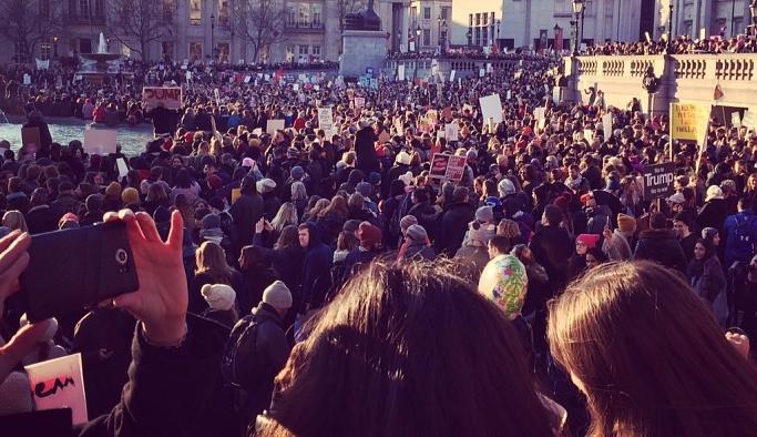 Trump'a karşı İngiltere'de de protesto