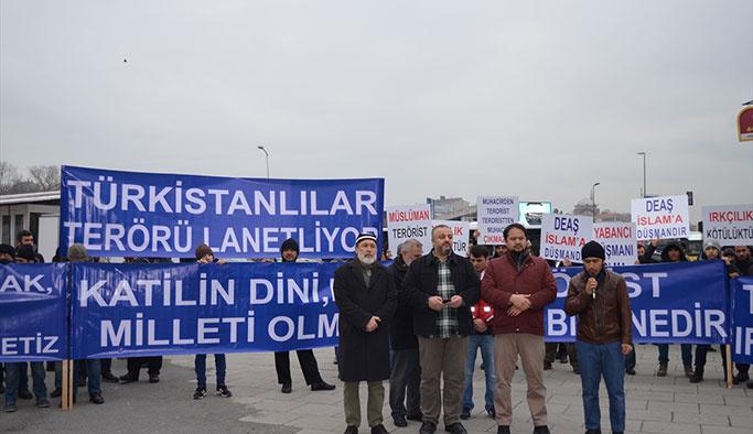 Türkistanlılar terörü lanetledi