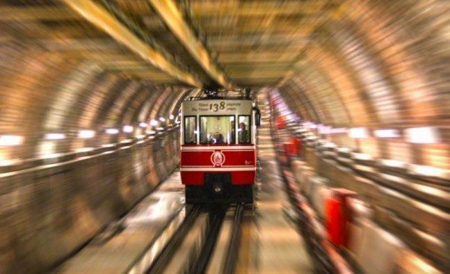 Türkiye'nin ilk metrosu 142 yaşında