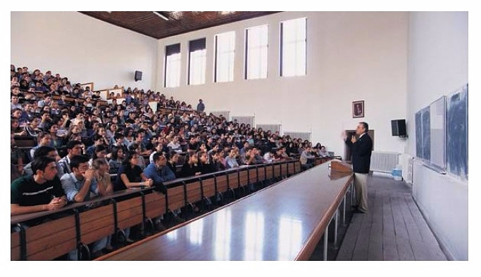 """YÖK'ten """"Bütünleme sınavları"""" açıklaması"""